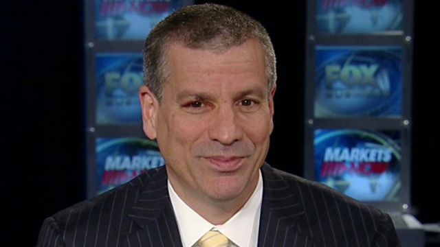 FBN's Charlie Gasparino says Wall Street is still betting on Romney but wants him to be more aggressive in his attacks.