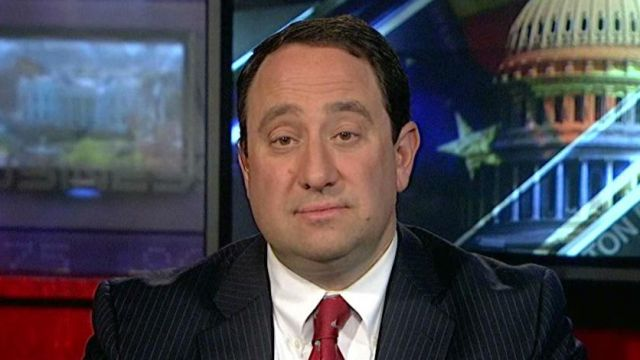 Marlin Steel president Drew Greenblatt on discussing the fiscal cliff and economic competitiveness with President Obama.