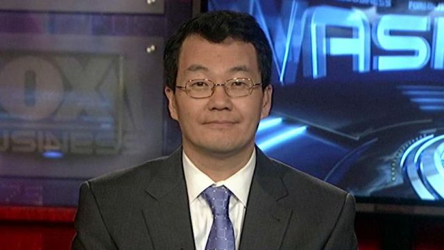 National Association of Realtors Chief Economist Lawrence Yun breaks down the factors improving home sales.