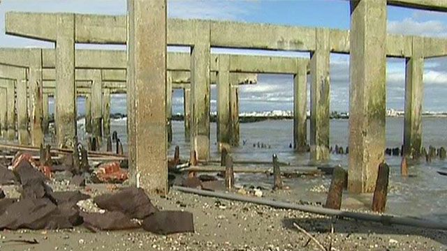 Government Getting Positive Reviews for Sandy Efforts